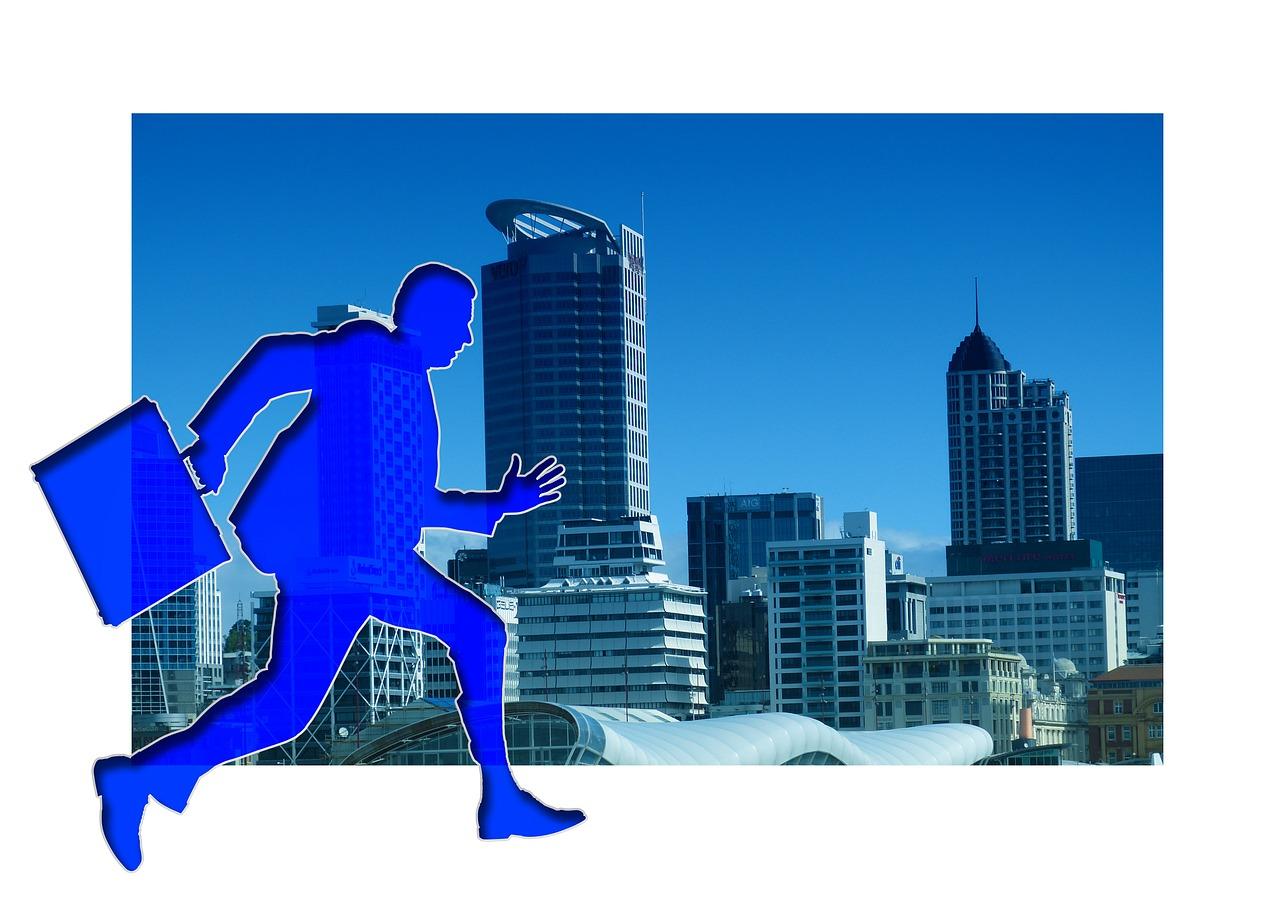 lavoratore che corre