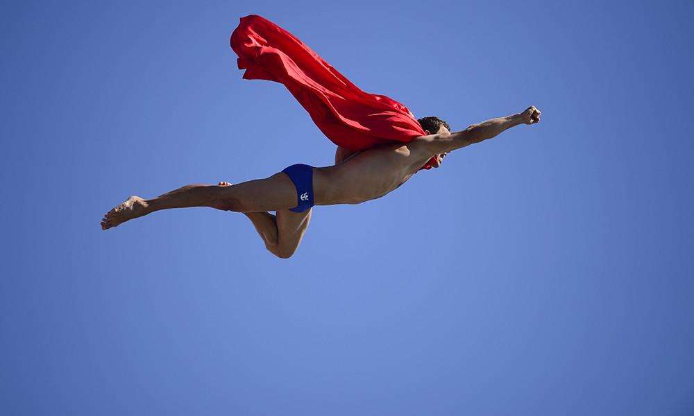 Navratil-Superman-a-Barcellona-1000x600